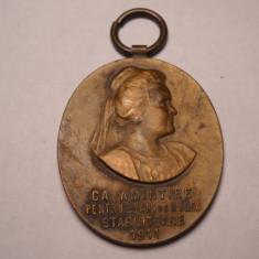 Medalie Regina Elisabeta Societatea de Binefacere MUNCA 1911 Superba