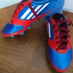 Ghete fotbal Adidas, Marime: 40 2/3, Culoare: Din imagine