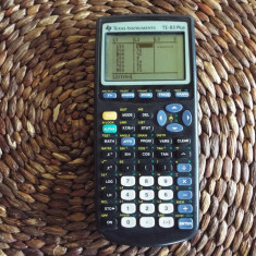 Calculator stintific grafic TEXAS TI 83 Plus - Calculator Birou