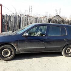 Renault Megane, An Fabricatie: 2000, Motorina/Diesel, 25000 km, 1900 cmc