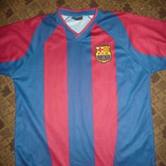 Tricou al Echipei de Fotbal FC Barcelona, jucator Ronaldinho, nr.10 - Tricou echipa fotbal, Marime: M, Culoare: Albastru