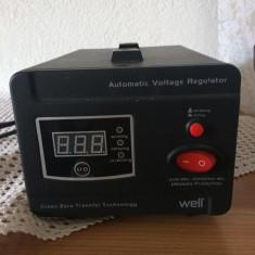 Regulator Stabilizator Tensiune Automatic WELL 2000VA