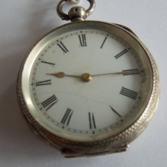 Ceas vechi de buzunar din argint cu cheie si lant - Ceas de buzunar vechi