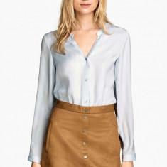 NOU Bluza tip camasa sexy asimetrica cu decolteu brand H&M crem 40 M L - Bluza dama H&m, Culoare: Ivoire, Maneca lunga, Office