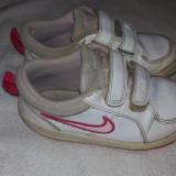 Adidasi copii Nike marimea 27, interior 17 cm