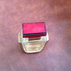 Sticla de parfum goala Maissa Paris model deosebit ! - Arta din Sticla