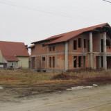 Casa de vanzare + teren 300 mp in Livada, 126 mp, Numar camere: 4