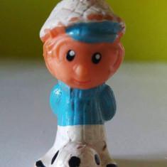 Jucarie romaneasca figurina fotbalist, veche, vintage, colectie