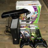 Xbox 360 Microsoft 4GB (Kinect, 2 Controllere, 4 jocuri)