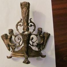 PVM - Sfesnic vechi, bronz dore, superb, patina timpului, pentru 4 lumanari - Metal/Fonta, Sfesnice