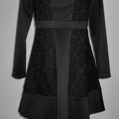 Rochie din dantela prețioasă aplicata pentru ocazii deosebite, măsura 38 - Rochie ocazie, Culoare: Negru, Scurta, Lunga