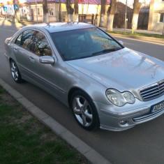 Mercedes-Benz C220 Avangarde Facelift 2005, Motorina/Diesel, 300000 km, 2148 cmc, Clasa C