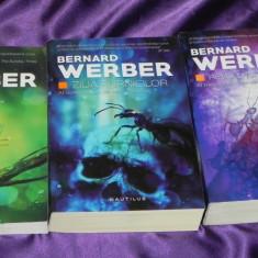 Bernard Werber - trilogia Furnicile Ziua furnicilor Revolutia furnicilor (f5047 - Carte SF, Nemira