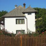 Casa cu curte si gradina - Casa de vanzare, 110 mp, Numar camere: 4, Suprafata teren: 1800