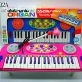 Orga electronica de jucarie / Orga pentru fetite cu microfon si lumini - Instrumente muzicale copii