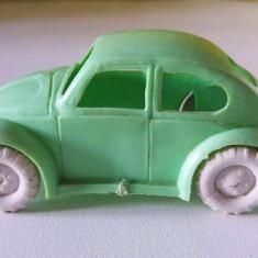 Masina Volkswagen VW Beetle Broscuta West Germany vintage masinuta plastic 9 cm - Jucarie de colectie