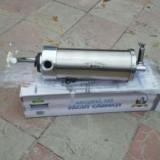 Mașina pentru cârnați 3 kg verticala
