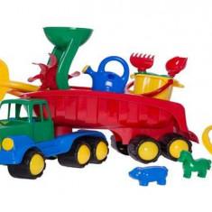 Camion cu 10 accesorii de joaca in nisip - Jocuri Forme si culori