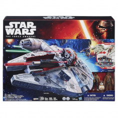 Set de joc Star Wars The Force Awakens Battle Action Millennium Falcon - OKAZIE - Vehicul Hasbro