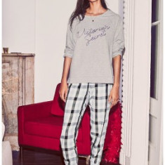 Victoria's Secret pijamale marime S - Pijamale dama Victoria's Secret, Marime: S, Culoare: Din imagine