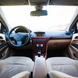 Opel Astra H Elegance 1.7 CDTi 101 CP (Interior crem), An Fabricatie: 2004, Motorina/Diesel, 187000 km, 1690 cmc