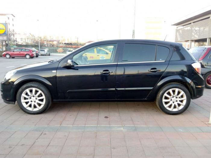 Opel Astra H 1.7 CDTI foto mare