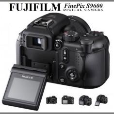 Aparat foto Fujifilm S9600 - DSLR Fuji