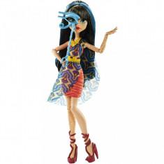 Jucarii fetite papusa Monster High Cleo de Nile Mattel