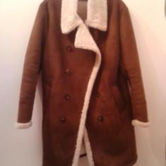 Cojoc cambrat imblanit Zara Men - Palton barbati, Marime: 44, Culoare: Maro