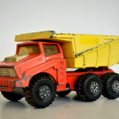 Macheta Matchbox Superkings k-4 big Tipper - Macheta auto Matchbox, 1:55
