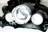 Lanterna Frontala 3 x Led Cree XML T6 Incarcator 12V Si 220V Acumulatori 18650