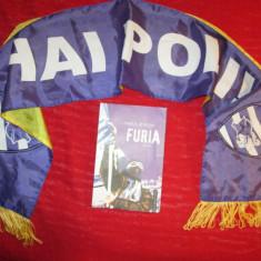 Fotbal / Carte despre Poli Timisoara, Furia de Marius Ghilezan, si un fular