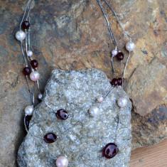 COLIER DIN METAL CU IMITATIE DE PERLE SI PIETRE NATURALE - Colier perle