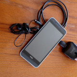 Vand telefon HTC 620 G + 3 huse cadou