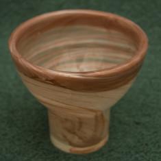 Vas de sticla. vaza cu aspect marmorat