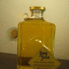 Whisky, LONG JOHN, DECANTER, finest scotch wisky, cl.70 gr.40 ani 80 lot. A