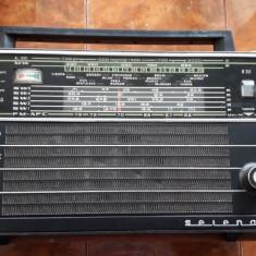 RADIO SELENA B211 , NU FUNCTIONEAZA .