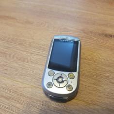 Sony Ericsson S700i - 89 lei - Telefon mobil Sony Ericsson, Gri, Nu se aplica, Fara procesor