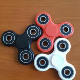 Fidget Spinner Jucarie anti-stres , pentru copii si adulti