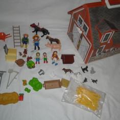 Playmobil - 4142 Ferma cu animale portabila - mobila