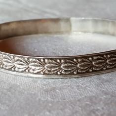 Bratara argint TRIBALA fixa VECHE executata si gravata manual vintage de Efect - Bijuterie veche
