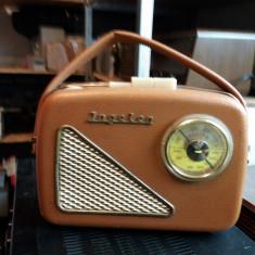 Radio cu lampi portabil - Aparat radio