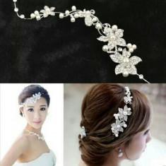 Tiara /accesoriu mireasa cu perle si cristale! Superb! - Tiare mireasa
