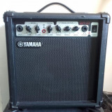 Amplificator de chitara (combo) Yamaha GA15