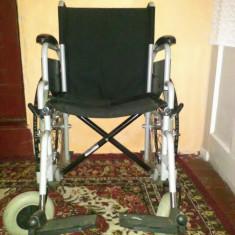Fotoliu rulant manual cu roti pentru persoane cu dizabilitate. - Scaun cu rotile