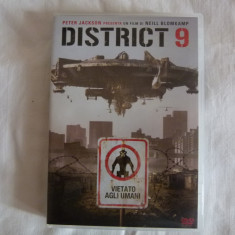 District 9 - dvd - Film actiune Altele, Engleza
