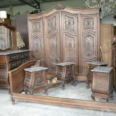 Dormitor neo-baroc