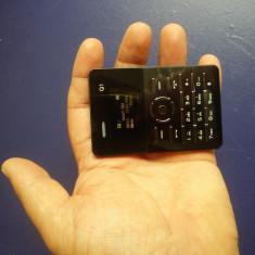 Cel Mai Mic Telefon NOU AIEK Q1 Cat Un Card Radio Bluetooth Orice Retea Card, Negru, <1GB, Neblocat, Single SIM, Fara procesor