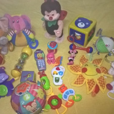 Lot de jucarii pentru copii intre 3 si 12 luni