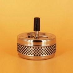 Scrumiera cu capac confectionata din metal. SCR017